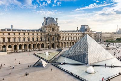 Louvre Museum Parijs